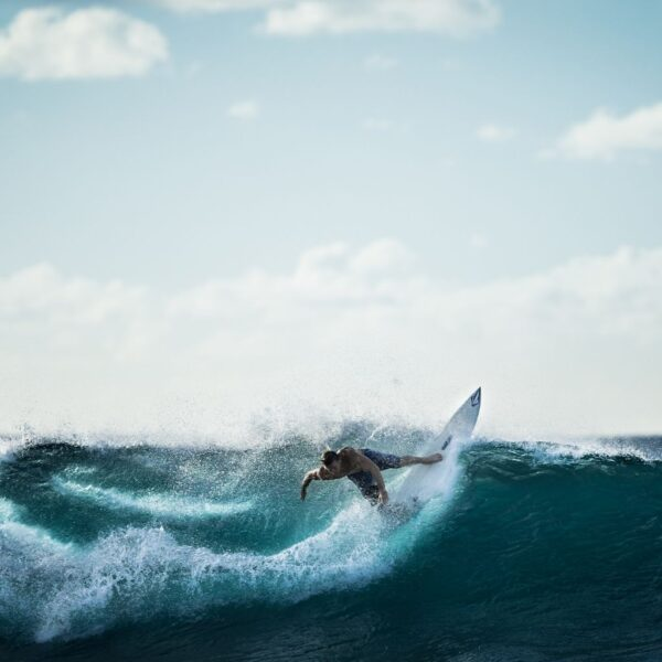 Surfing: 7 advices to start at best