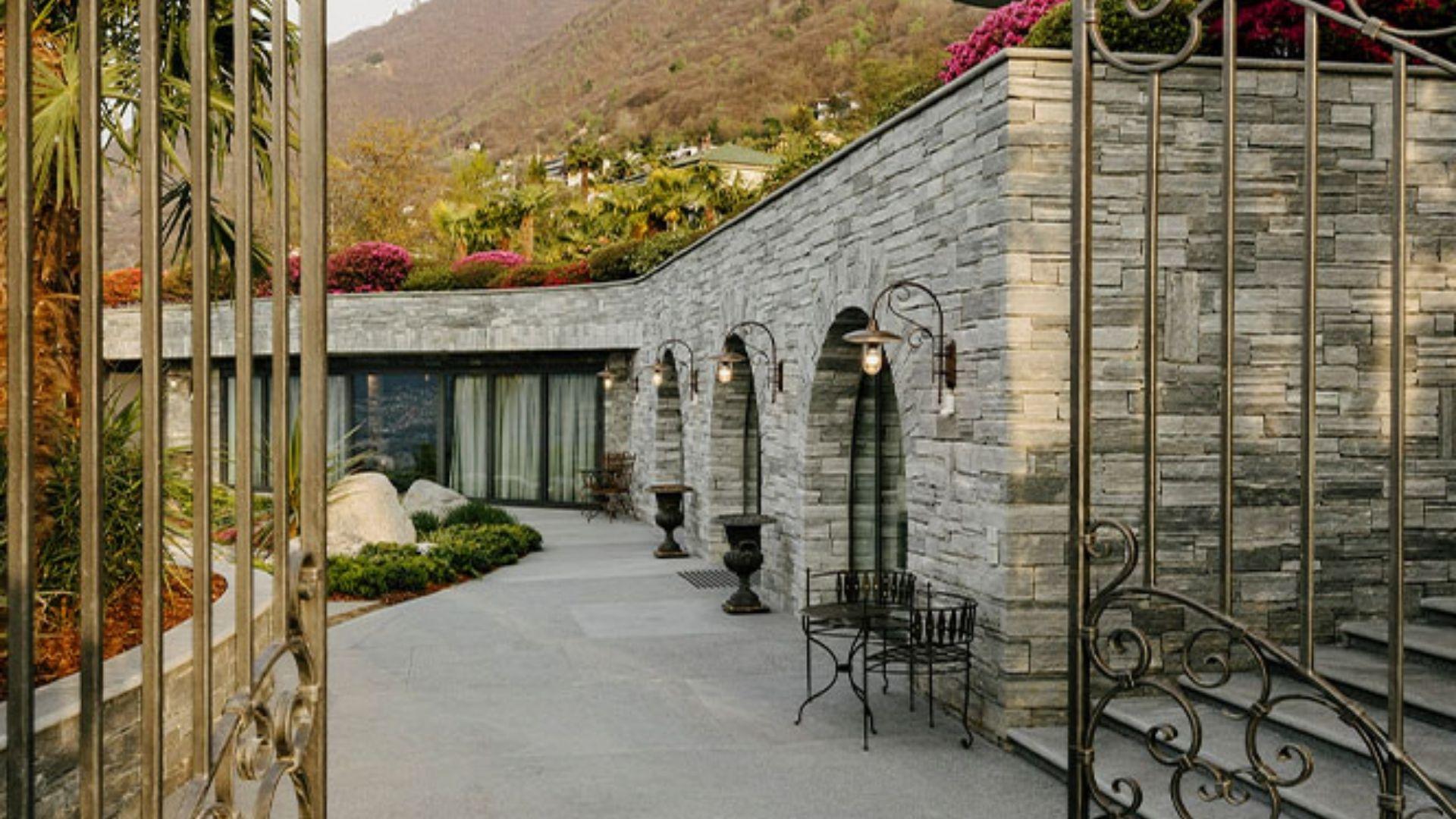 Chiva Sun Healing Center in Ticino Switzerland