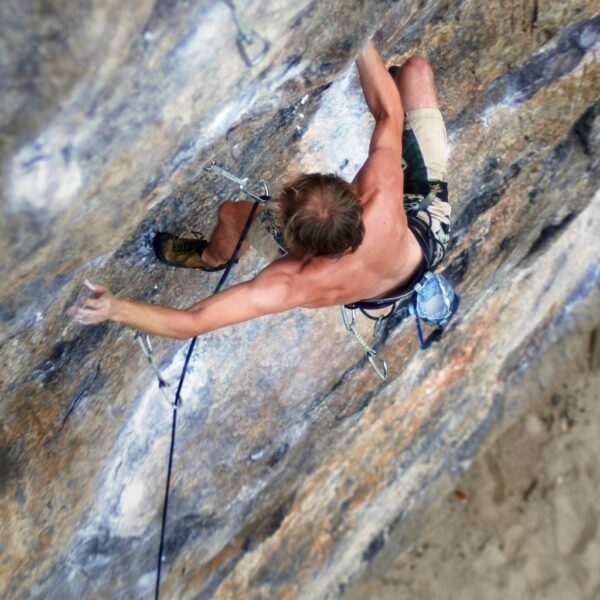 Climbing: a sport to be discovered