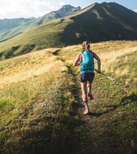 Kirra Balmanno running uphill