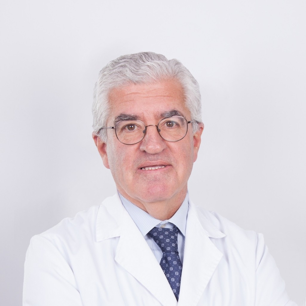 Prof. Dr. Francisco Forriol Consultant Real madrid